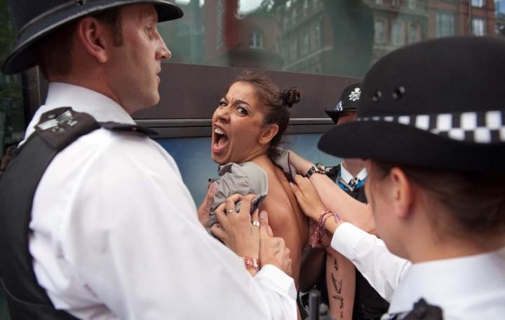 Il campo dove le Femen si preparano alla guerriglia