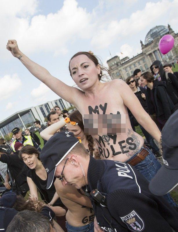 femen niemcy berlin
