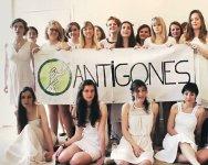 Antigones2