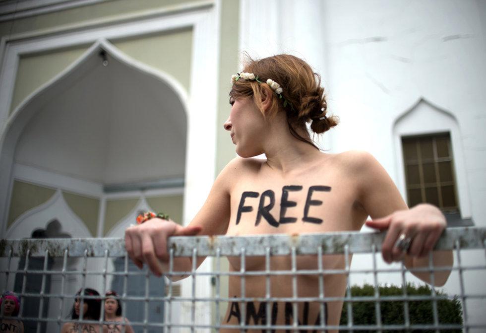 組圖:FEMEN全球連環示威聲援突尼斯女孩