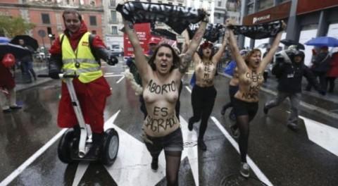Femen, protesta a Madrid - foto: femen.org