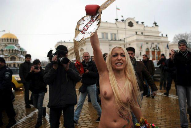 Grupo é famoso por fazer protestos com os seios de fora