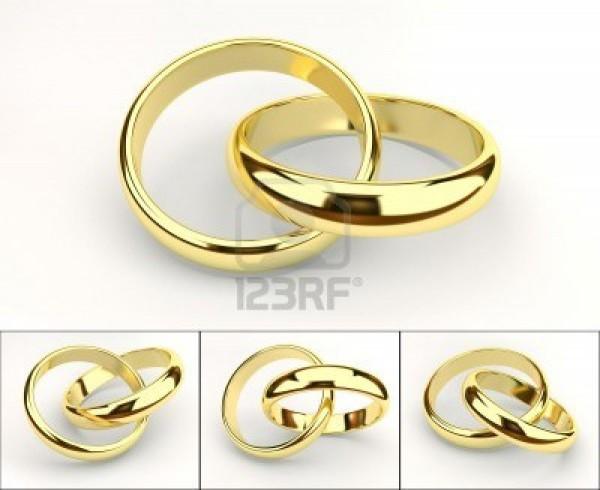 6132591 anelli di matrimoni 600x490 Matrimonio gay: il governo francese non rinuncia