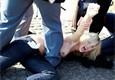 Feministe ontbloot borsten op het Sint-Pietersplein