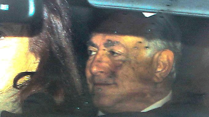 Strauss-Kahn auf seinem Weg zum Gericht.