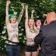 Femen, nuova protesta a seno nudo a Berlino 05