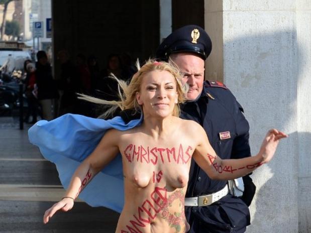 http://femen.info/wp-content/images/cache/0/25/811/47a4e_000par7747589.jpg