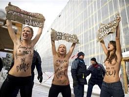 lenky ukrajinskho enskho hnut FEMEN u lta pouvaj ve svm spoleenskm