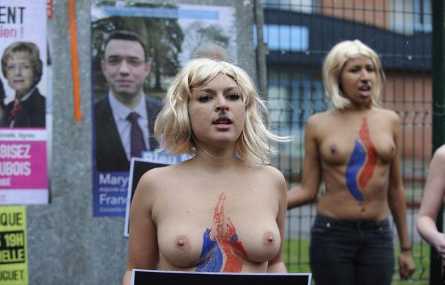 Des Femen devant un bureau de vote  Hnin-Beaumont.