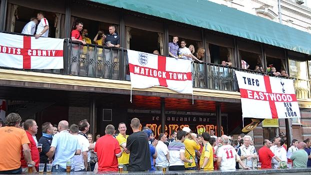 Ingleses acharam um tradicional pub prximo ao estdio Olmpico
