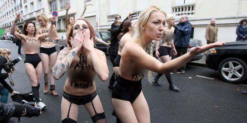 Femen/Caroline Fourest : Facebook censure à tour de seins