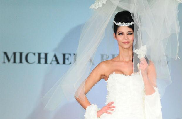 Auf der Berlin Fashion Week 2014 darf Micaela Schäfer natürlich nicht fehlen.