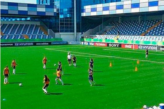 En el debut, el combinado patrio goleó a las anfitrionas Azerbaiyán por 4-0.  /  Cortesía Colfútbol