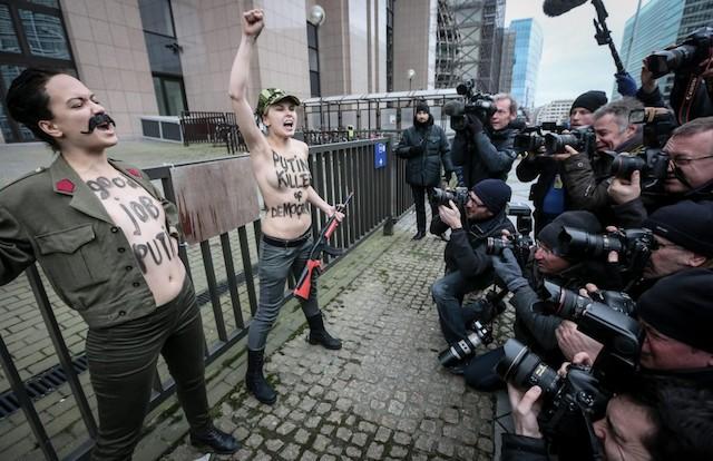 protesta-femen-bruxelles-ansa