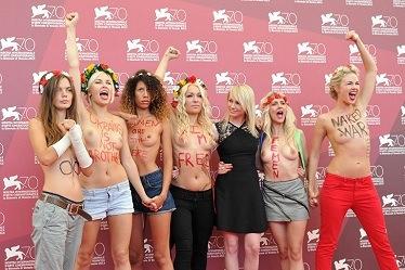 Femen - A nossa missão é protestar, as nossas armas são seios despidos