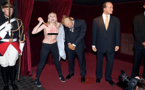 Ακτιβίστρια της Femen αποκεφάλισε τον... Πούτιν!
