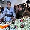 Indien: Jugendliche stirbt nach zwei Gruppenvergewaltigungen. (Quelle: dpa)