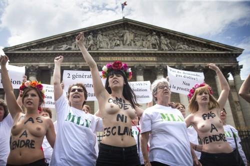 FEMEN and MLF protest against prostitution in Paris