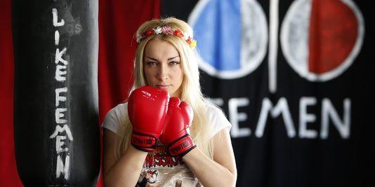 L'Ukrainienne Inna Shevchenko, militante féministe, le 8 juillet 2013 au Bateau-Lavoir, le QG des Femen, à Paris.
