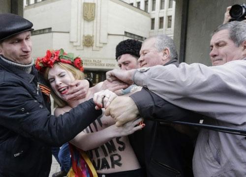 femen-crimea-fonte-femen-org