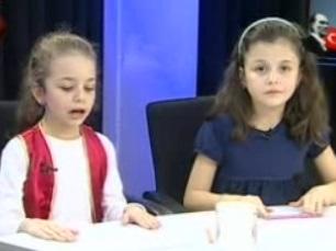 Halk Haber spikerinin koltuğuna kızları oturdu!