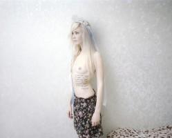 W Gdańskiej Galerii Fotografii można oglądać wystawę U kolektywu Sputnik Photos. Na zdjęciu działaczka grupy Femen.