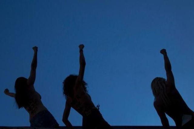 Ihr Protest stösst bei arabischen Frauen auf Skepsis bis Ablehnung: Femen-Aktivistinnen am WEF in Davos. (26. Januar 2013)