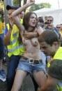 Euro 2012: Femen scatenate prima di Svezia-Francia