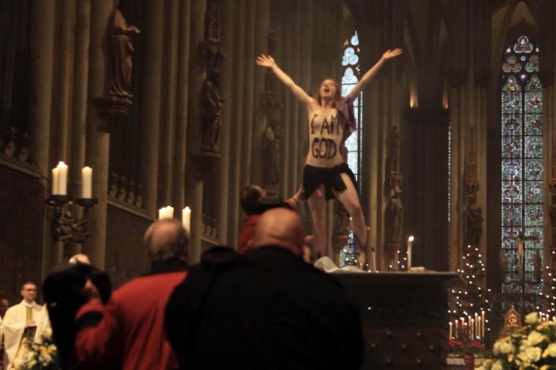 Femen-Aktivistin Josephine Witt soll Journalisten über ihre Protestpläne im Kölner Dom informiert haben