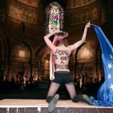 FRANCE-EU-POLITICS-POPE-FEMEN-DEMO
